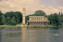Die Sacrower Heilandskirche bei Potsdam
