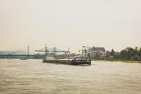 Irgendwo auf dem Rhein