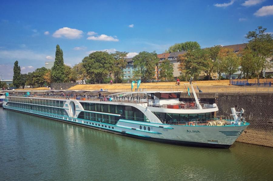 Alina, Flussschifffahrt, Schiffsreise, Phönix, Köln, Urlaub, Frau Doktor,